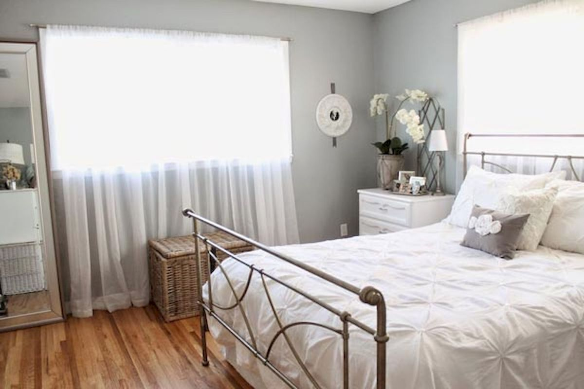 Most Wanted White Bedroom Decorating Ideas in Classy Finish Part 13