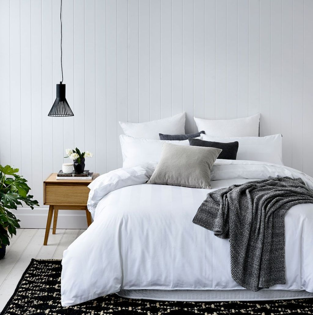 Master Bedroom On Budget Renovation Ideas with really Simple Decoration Part 40