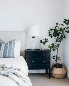 Relaxing Bedroom Feel with Natural Touch of Greenery Decorations Part 26