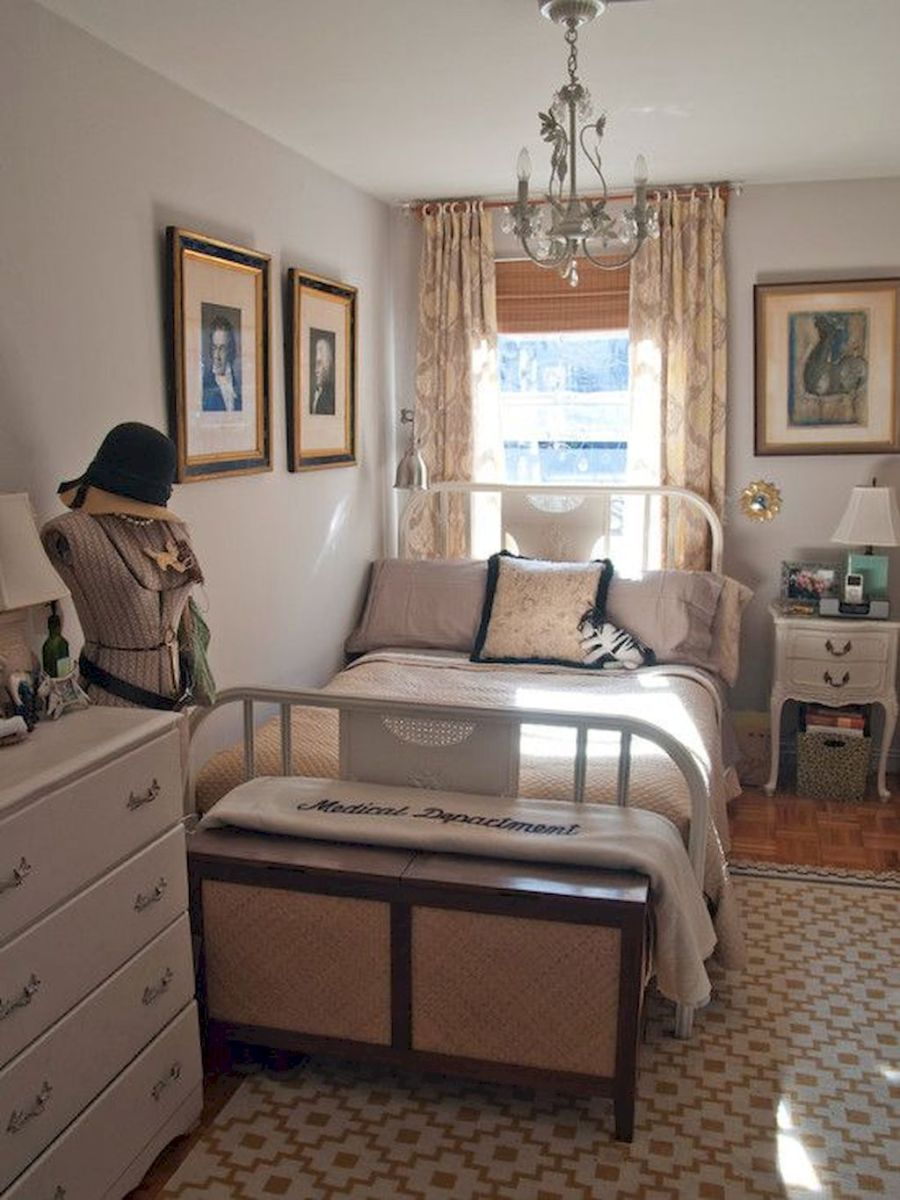 Simple Small Bedroom Ideas with Really Cozy Desorations Part 17