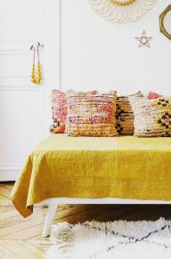 Simple Small Bedroom Ideas with Really Cozy Desorations Part 8