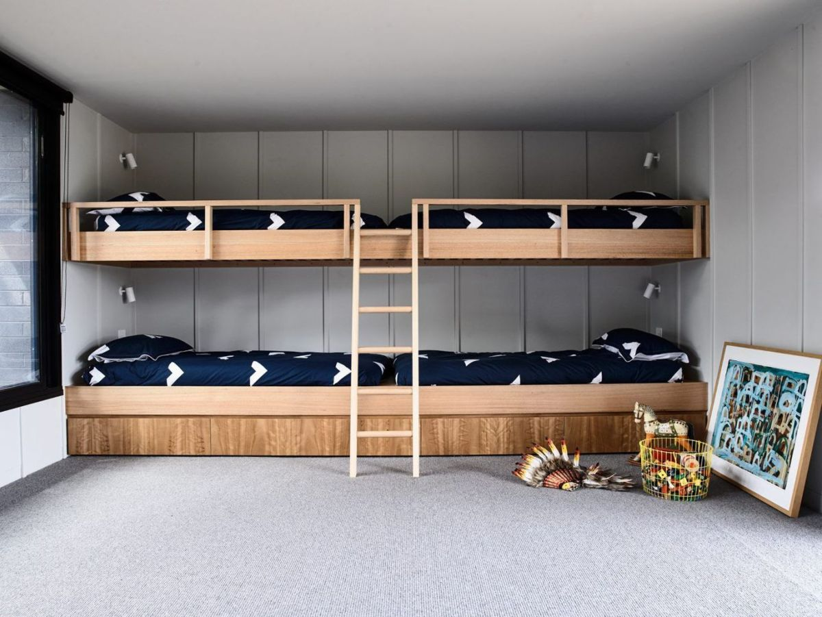 Cool bunk beds design ideas for boys that wonderful as solution for making the most out of a shared space Part 20