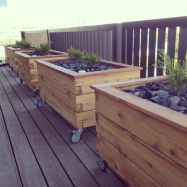 DIY planter boxes made from reclaimed woods and pallets excellent for outdoor and indoor decoration Part 20