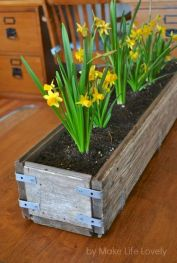 DIY planter boxes made from reclaimed woods and pallets excellent for outdoor and indoor decoration Part 23