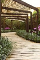 Garden wooden pathways that look blending with nature Part 16