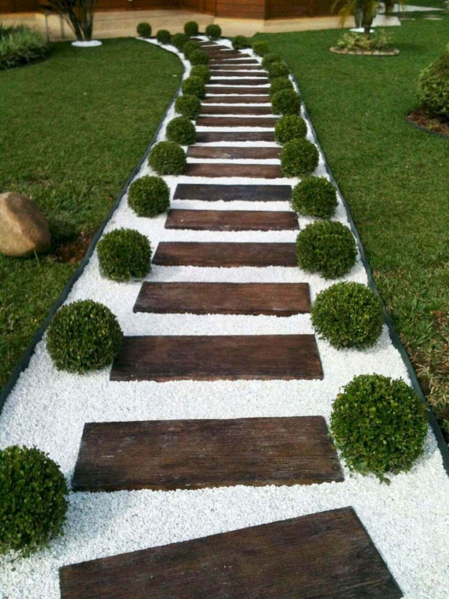 Garden wooden pathways that look blending with nature Part 21