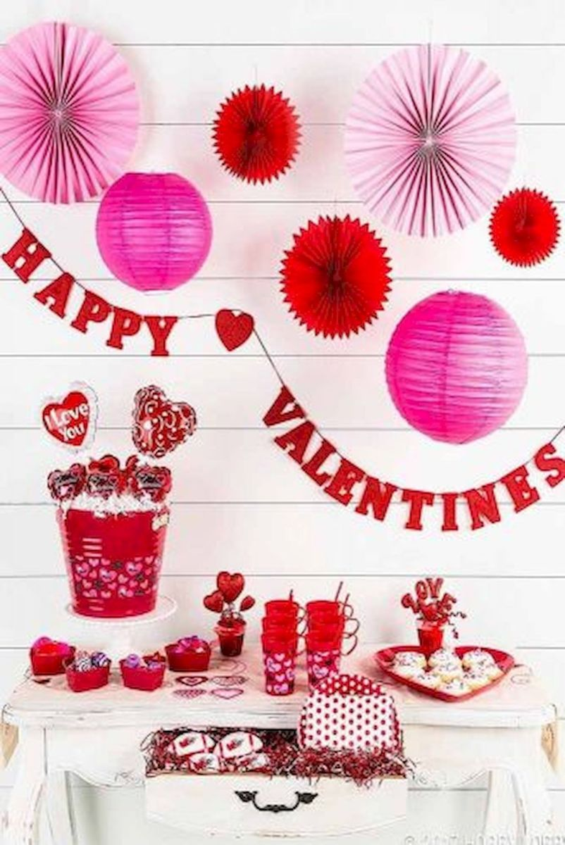 How to make a Valentine surprise for your partner with lovely home decoration Part 12