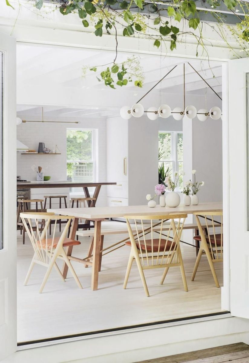 Modern Coastal Home Designs with Traditional Dining Room Twist Part 12