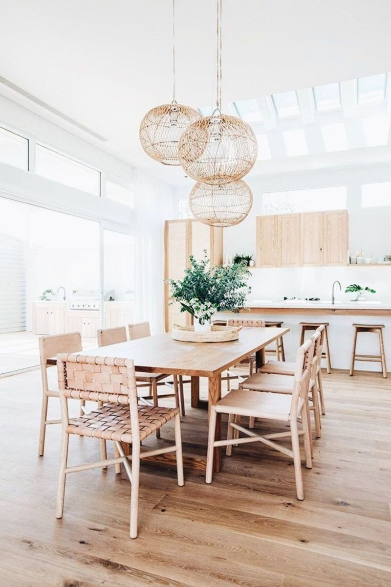 Modern Coastal Home Designs with Traditional Dining Room Twist Part 8