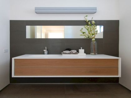 Modern bathroom designs with floating wood vanity and wallmounted bathroom cabinets Part 10