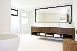 Modern bathroom designs with floating wood vanity and wallmounted bathroom cabinets Part 3