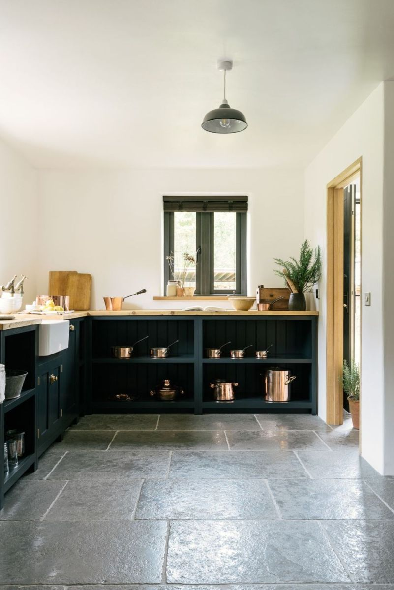 Natural Stone Floor Ideas that Looks Amazing in Traditional and Vintage Kitchen Styles Part 14