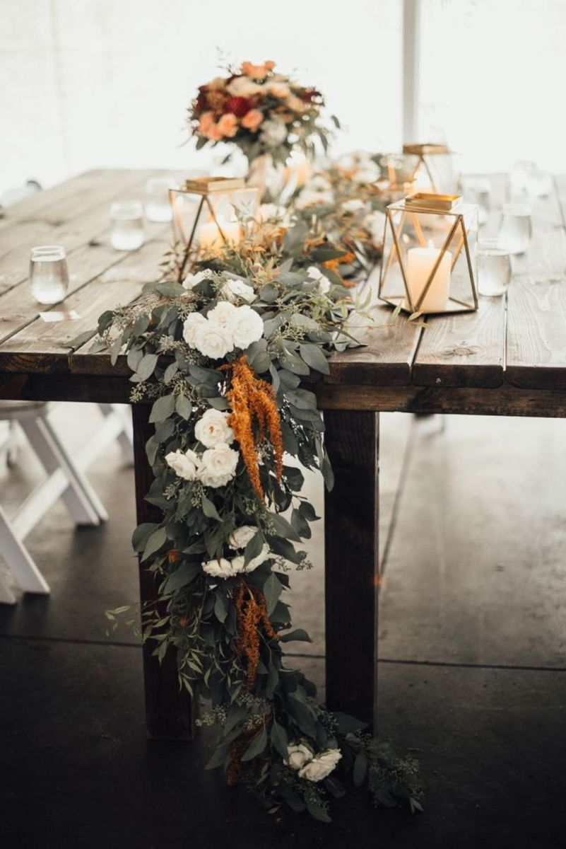 Romantic Spring Wedding Decoration with Green Peach and Cherry Pink Color Themes That Look Very Lovely Part 27