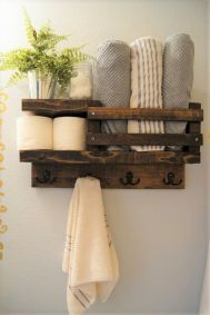 Simple bathroom shelves made from wood pallets Part 29