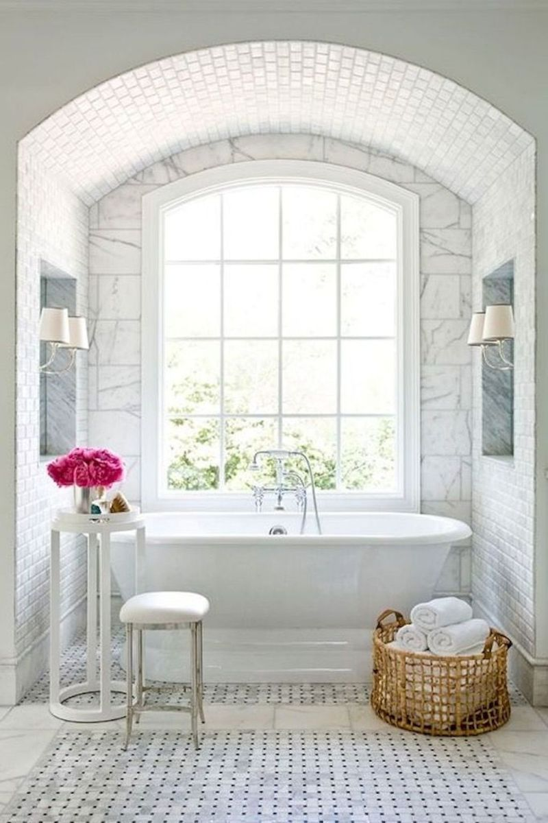 Small standing tubs powerful to make up small bathroom looks Part 20