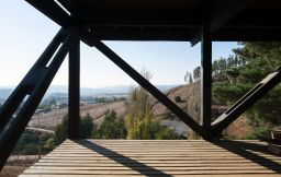 Casa en Alto Grande built in efficient structures stands on a high ground looking at beautiful rural landscape (3)