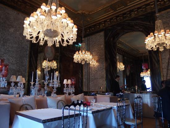 Yaniques Picks Cristal Room Baccarat  Elope in Paris