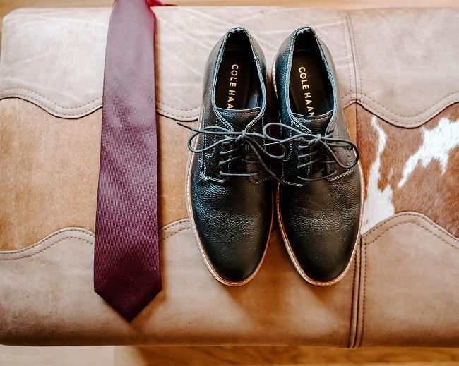 Courtney6-Lynn-colorado-adventure-elopement-packages-destination-wedding-photographer-estes-park-elope-groomswear