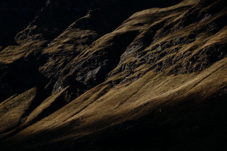 03-italian-alps-dolomites-elopement-wedding-Italy-Engagement-Destination-Wedding-Photographer-mountain-Elope-adventure-packages-outdoorsebastian