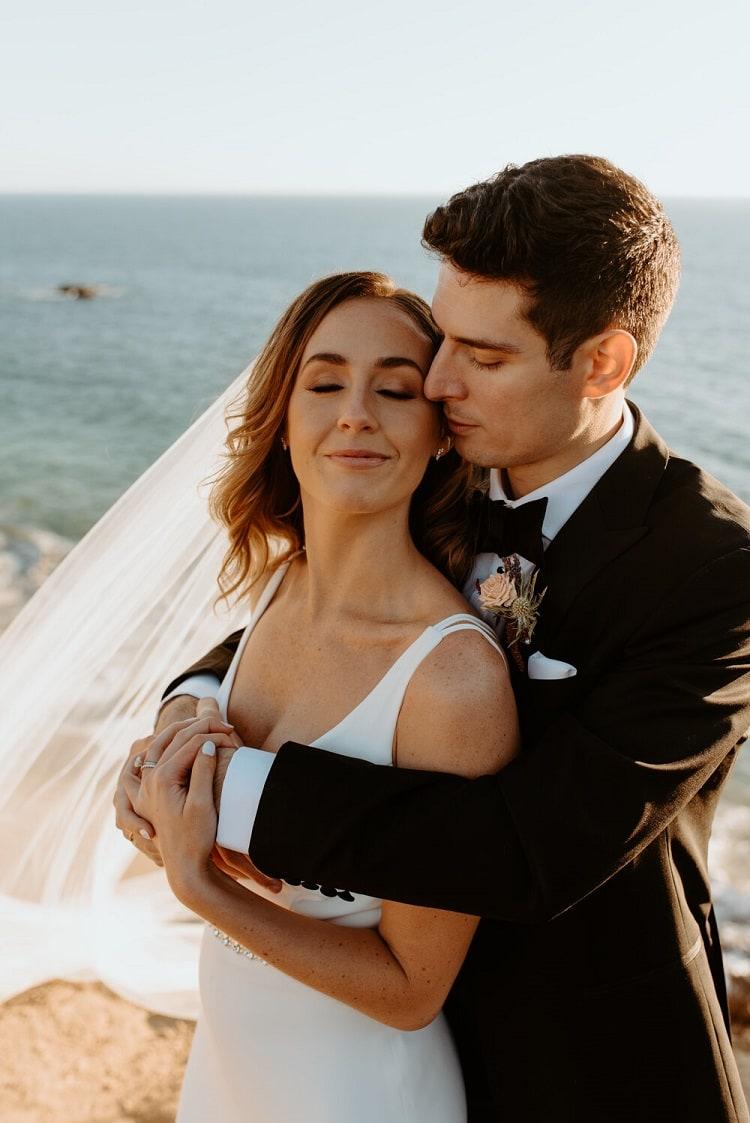 nicole58-jamie-carrie-rogers-photography-malibu-intimate-beach-elopement-california-destination-wedding-outdoor-coast-ceremony