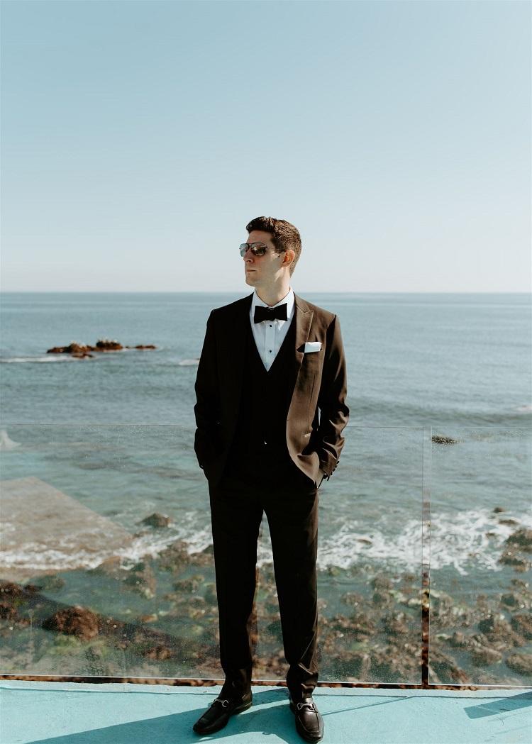 nicole72-jamie-carrie-rogers-photography-malibu-intimate-beach-elopement-california-destination-wedding-outdoor-coast-ceremony