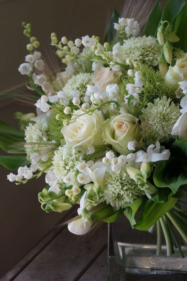 15 Beautiful Rustic Green And White Flower Arrangements 24