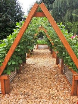15 DIY Easy Access Raised Garden Bed System 22