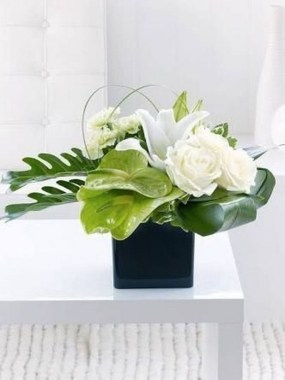 16 Beautiful Rustic Green And White Flower Arrangements 05 1