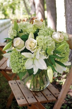 16 Beautiful Rustic Green And White Flower Arrangements 08