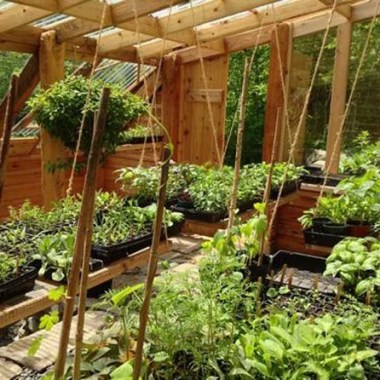 17 Amazing Greenhouse Earthship Home Design Made Of Recycled 13 1