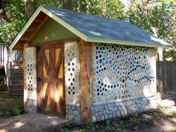 17 Amazing Greenhouse Earthship Home Design Made Of Recycled 24