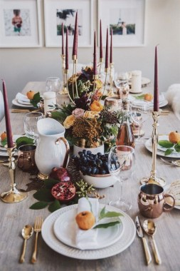 18 Beautiful DIY Thanksgiving Table Setting Design 18