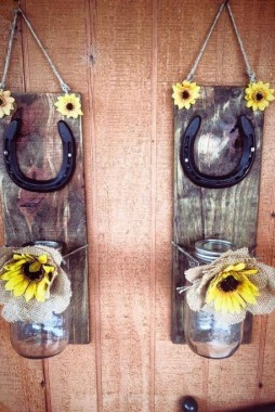 18 Creative Diy Horseshoe Projects That Will Add Charm To Your Home Decor 12
