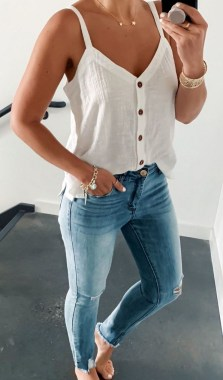 17 Adorable Spring Outfit Ideas With Style To Try In 2019 16