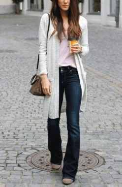 17 Best Ideas To Wear Flared Jeans 21
