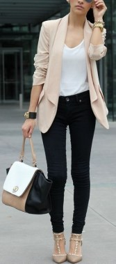 17 Classy Outfit Ideas For Women That Will Make You Pretty 28