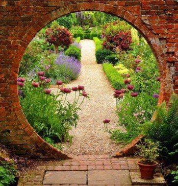 17 Good Stone Moon Gate Ideas 05