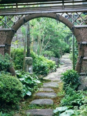 17 Good Stone Moon Gate Ideas 07