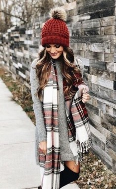 17 Hottest Winter Outfits Ideas With Scarf That Adds To Your Beauty 26