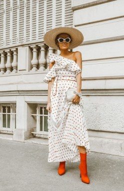 18 Lovely Street Style Outfit Ideas For Summer 03
