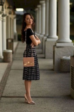 18 Modern Outfits Style For Women In Summer This Year 14