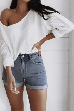 19 Captivating Summer Outfits Ideas To Copy Now 14