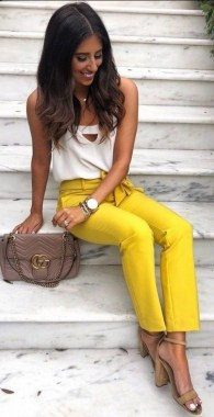 19 Catchy Women Outfits Ideas For Summer 26