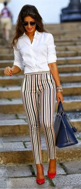 19 Comfy Work Outfit Ideas For Women To Try 20