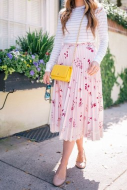 19 Creative Spring And Summer Outfits Ideas With Flat Shoes 11