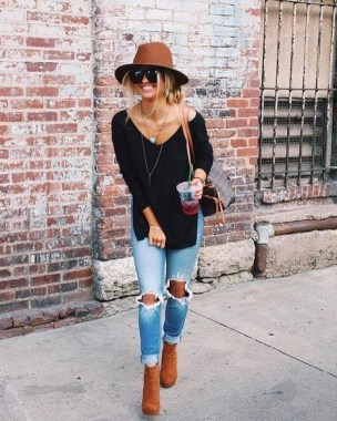 19 Latest Jeans Outfit Ideas For Spring And Summer 22