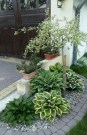 19 Remarkable Front Yard Landscaping Ideas With Porch 02