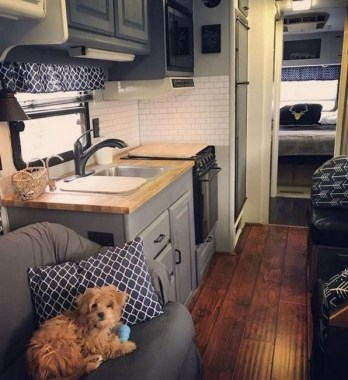 19 Stuning Rv Camper Makeover Ideas Collections 03