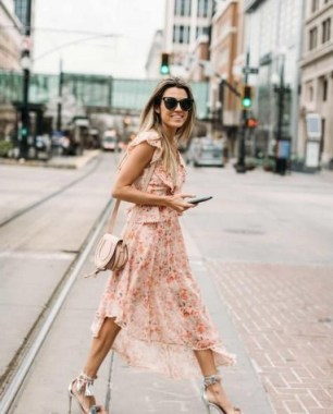 21 Best Ideas To Wear Floral On Spring 10