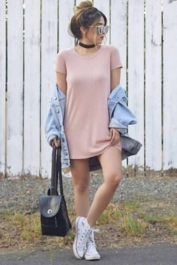 21 Charming Spring Outfits Ideas For Teens 01